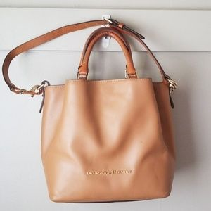 Dooney and bourke leather tote purse Barlow